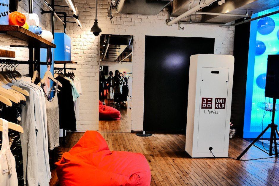 Uniqlo Brand Experience Photo Pod